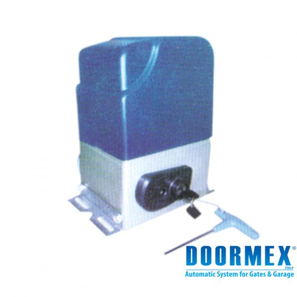 DM800